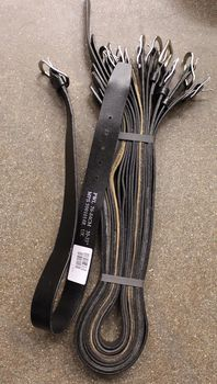 Brittipoliisin 35-40mm leveä musta nahkavyö 6f52855e8a
