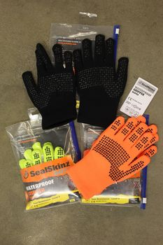 SealSkinz Gripper Gloves, uudet